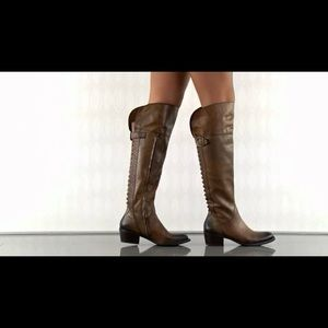 Vince camuto Billie Rich Cocoa Two Tone Boot sz9